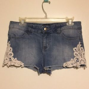 Forever 21 Shorts Sz 29 US